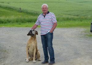 Mann mit Hund